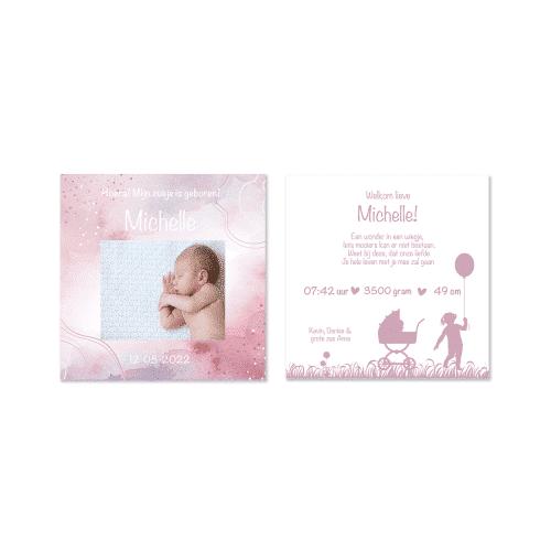 geboortekaartje meisje met roze verf en foto voor en achter