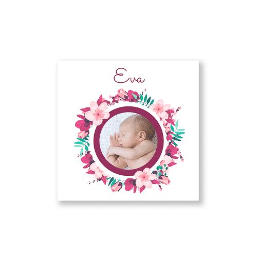 geboortekaartje meisje met kleurrijke bloemenkrans en eigen foto voorzijde