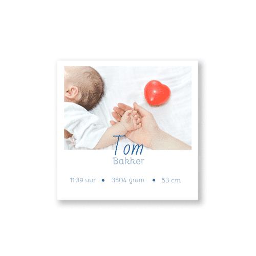 Minimalistisch geboortekaartje met foto voorzijde