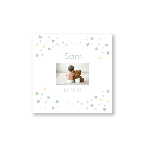 Minimalistisch geboortekaartje dieren en versieringen voorzijde